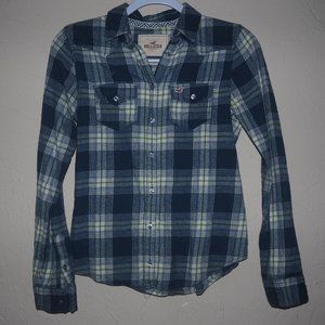Holllister plaid pearl snap shirt fitted cinched